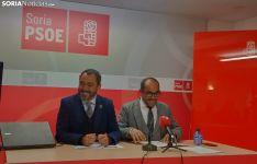 Muñoz y Rey durante la rueda de prensa.