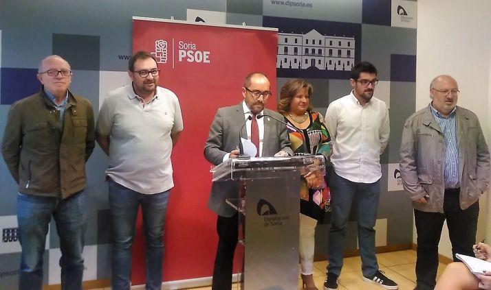 Diputados socialistas en la comparecencia de prensa este miércoles.
