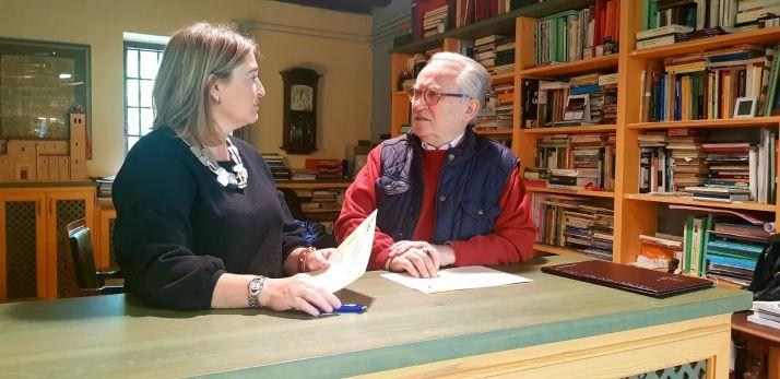 La vicepresidenta de la Diputación, María José Jiménez y Agustín Escolano, del CEINCE.