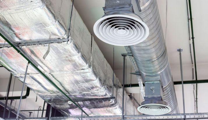 Sistema de climatización en una industria.
