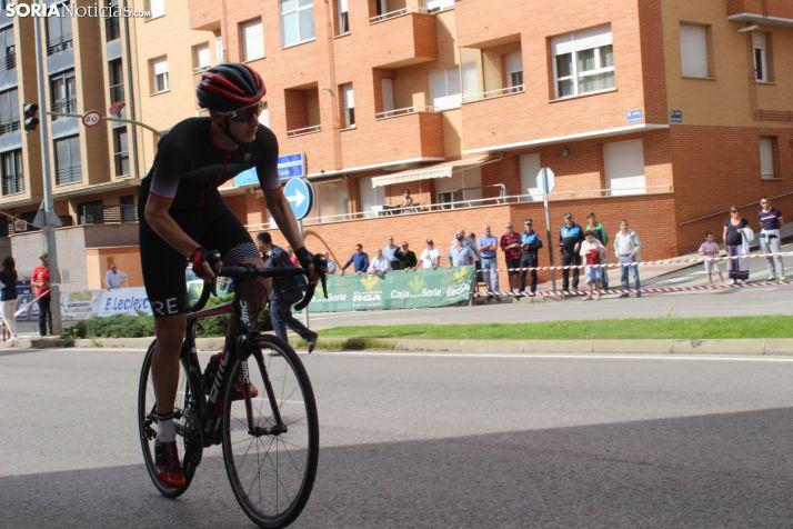 Deporte al aire libre y en el complejo de Fuente del Rey este domingo en la capital de Soria.