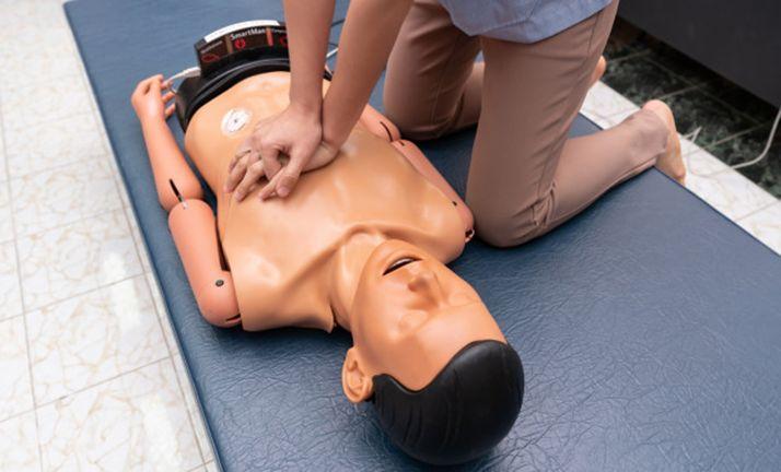 Foto 1 - El 16, talleres sobre la reanimanción cardiopulmonar en Granados