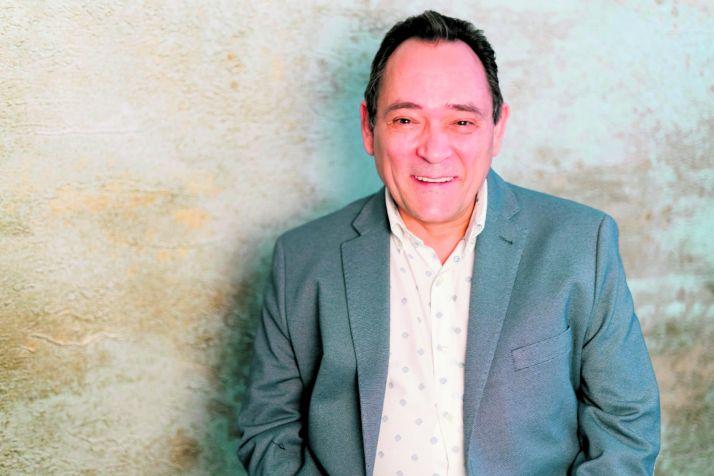 Saturnino de Gregorio se sienta en el Rincón de Soria Noticias.
