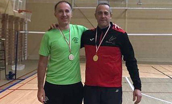 Martínez (izda.), con el ganador, Héctor Tobar.