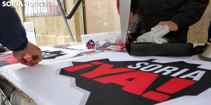 Foto 1 - La Soria Ya inicia la 'operación renove' de banderas