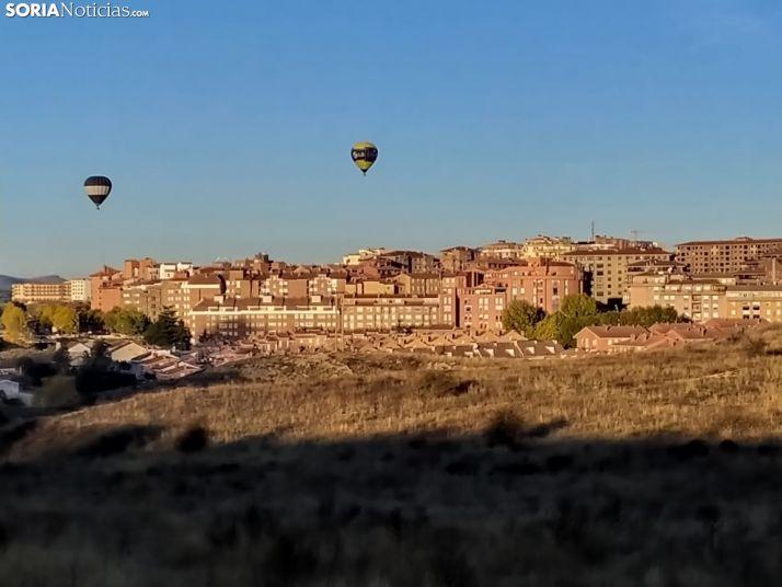 Dos globos aerostáticos sobre la capital. /David de Miguel