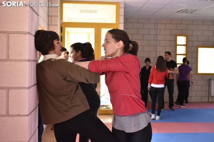 Un taller de autodefensa en Soria.