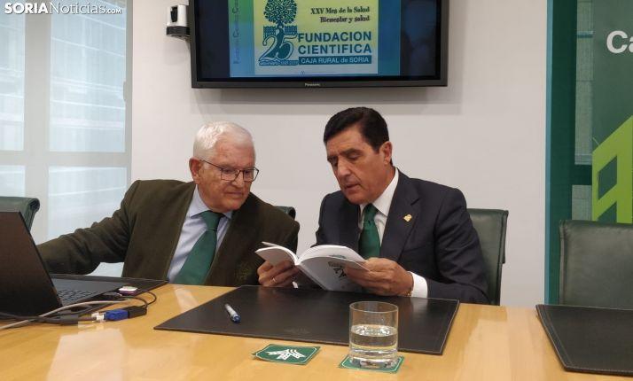 Ruiz Liso y Carlos Martínez en la presentación del mes saludable. SN