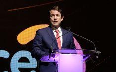 Fernández Mañueco reclama un entorno institucional estable ante un posible nuevo contexto de des