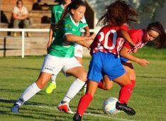 Lorena San Miguel debuta con la selección Sub-15 de Castilla y León. Izana Silva