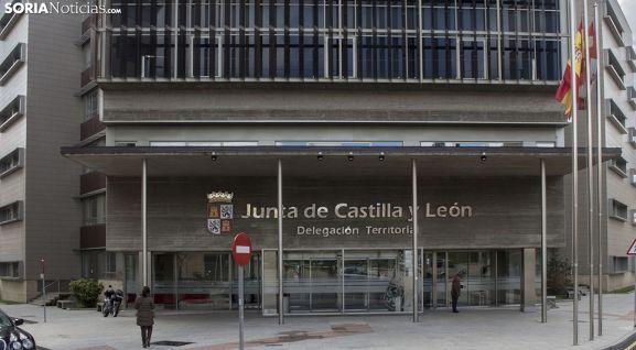 Imagen de la entrada a la sede de la Delegación de la Junta en Soria. /SN