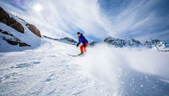 El Centro Excursionista Soriano abre su temporada de esquí - Soria Noticias