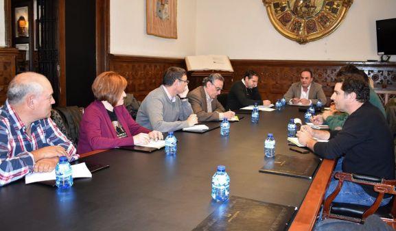 Reunión hoy de la Mesa de la Trufa, en el Palacio Provincial. /SN