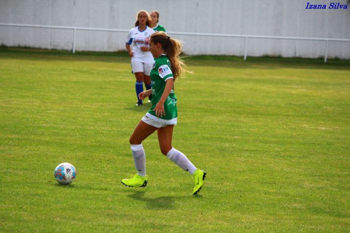 Ainhara Marina, chica para todo. Se ha convertido en la lateral por excelencia de este CD San José femenino. Izana Silva