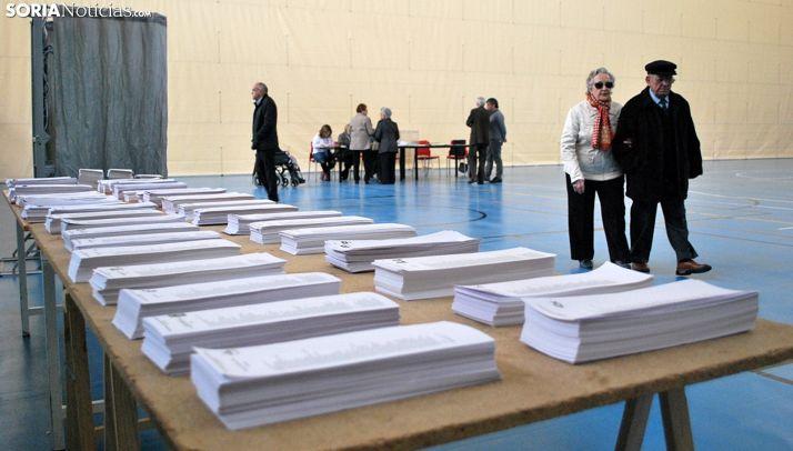 Una imagen de archivo de un colegio electoral soriano. /SN