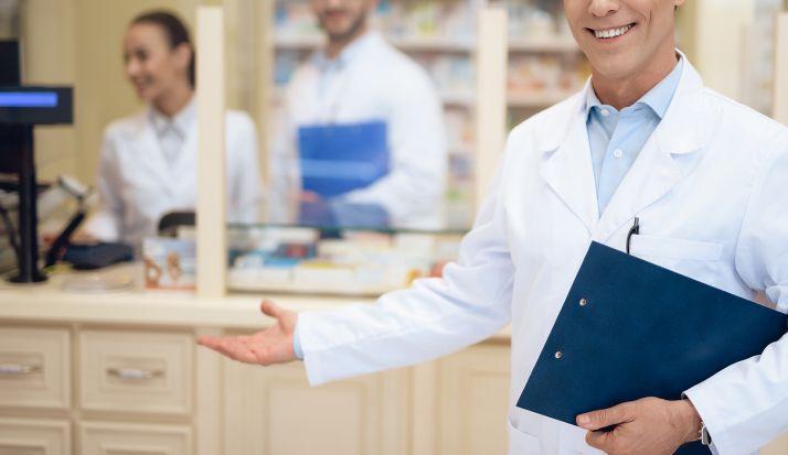 Foto 1 - Las farmacias inician la educación sanitaria sobre distintas patologías para reforzar la atención a pacientes y la detección precoz