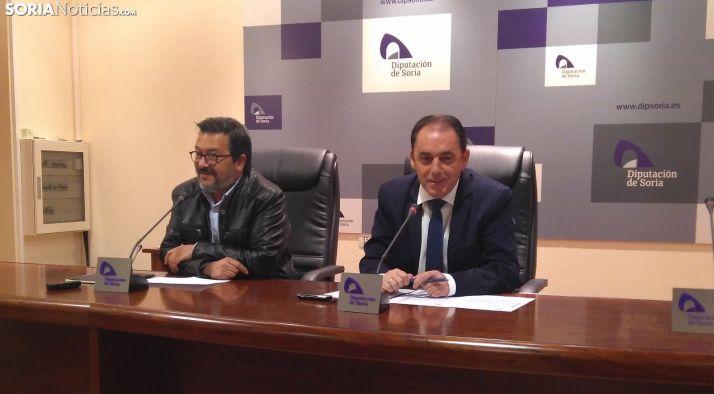 Joaquín Alcalde y Benito Serrano durante la rueda de prensa.