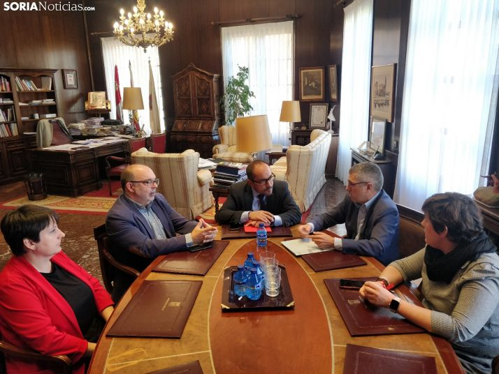 Reunión entre el Ministerio y el Ayuntameinto. SN