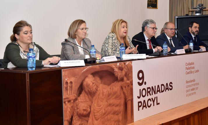 Mesa presidencial de la apertura de las jornadas. /Jta.