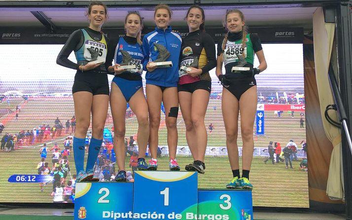 La atleta soriana, en el centro del podio este sábado.