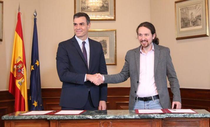 Sánchez e Iglesias tras el pacto. PSOE
