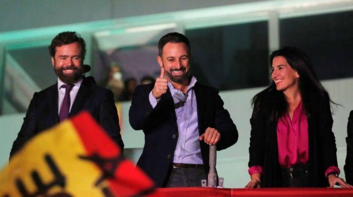 Abascal celebra el resultado electoral ayer en Madrid. Vox