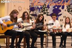 Foto 7 - Galería de imágenes: 11 grupos participan en el VI Concurso Diocesano de Villancicos