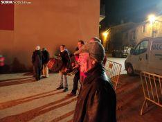 Foto 4 - Golmayo celebra Santa Bárbara al calor de la hoguera