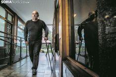 La Esclerosis Múltiple ha hecho mella en el físico de Juan Pérez pero no es su ánimo. Afronta, valiente, cada día. Carmen de Vicente