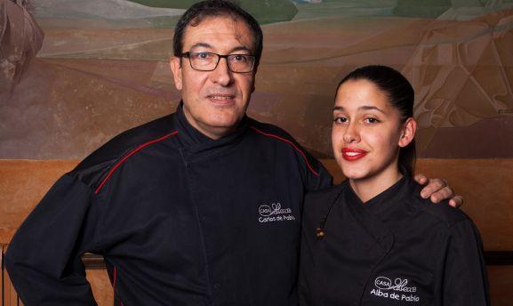 Carlos de Pablo y su hija Alba.