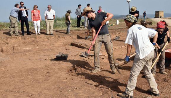 Voluntarios en Numancia en una imagen de archivo.