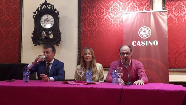 La ganadera Ana Mayoral, de 'Toros de Pablo Mayoral', fue la protagonista de una nueva jornada del XXXIV Ciclo Taurino de Navidad.