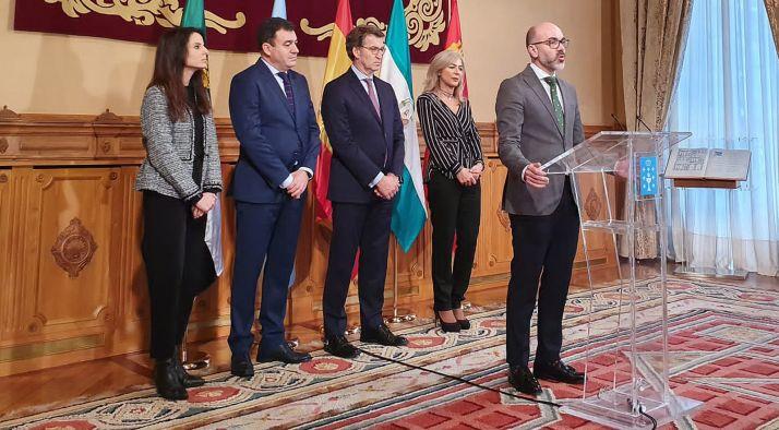 Intervención del consejero en el encuentro entre responsables autonómicos. /Jta.