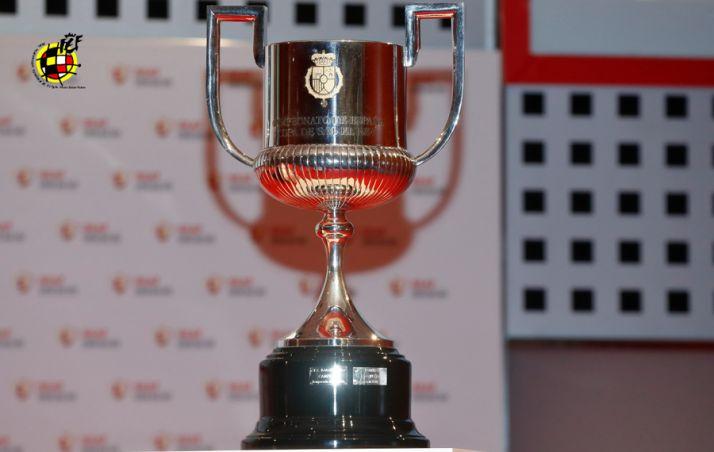 En la lotería de los penaltis, el Ceuta echa de la Copa al Numancia