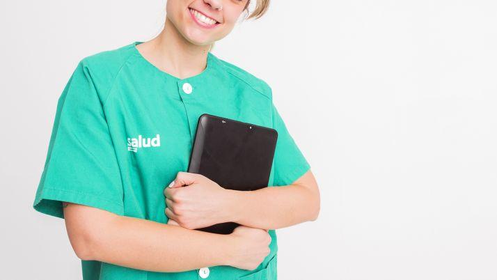 Foto 1 - Sanidad respalda a la profesión enfermera con un modelo competencial más avanzado