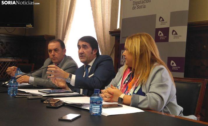 Rueda de prensa con Suárez-Quiñones.