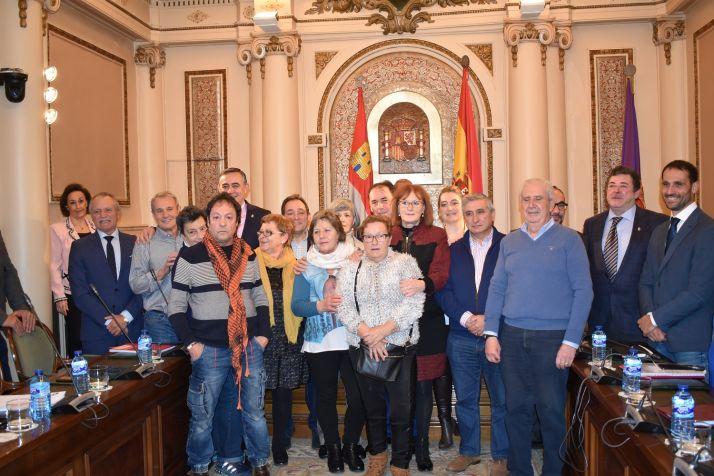 Foto 1 - 17 trabajadores de la Diputación homenajeados en su jubilación