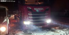 Problemas esta noche en un aparcamiento de camiones frente a la gasolinera de Ágreda. /SN