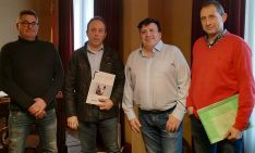 Responsables municipales adnamantinos y de la agrupación APORSO. /FOES