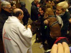 Una imagen de la bendición de este viernes en la parroquia de Santa Bárbara. /SN