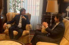 Carlos Martínez y Alfonso Fernández Mañueco durante su reunión en el Ayuntamiento de Soria.