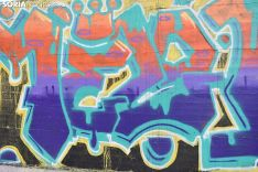 Grafiteros llenando de color la pista de Skate.