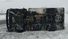 Accidente de un camión en la variante de la A-15 en Ágreda. /SN