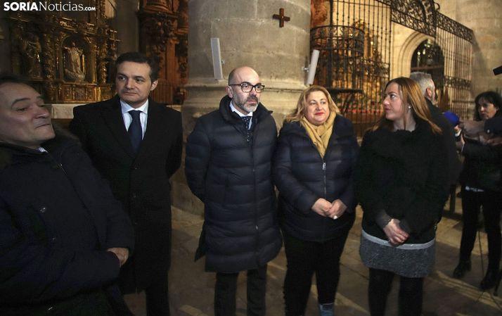 El consejero, Javier Ortega, junto a Yolanda de Gregorio y Virginia Barcones. /SN