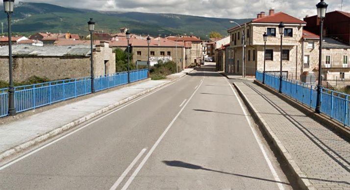 Una imagen de la entrada a la localidad por la CL-117. /GM
