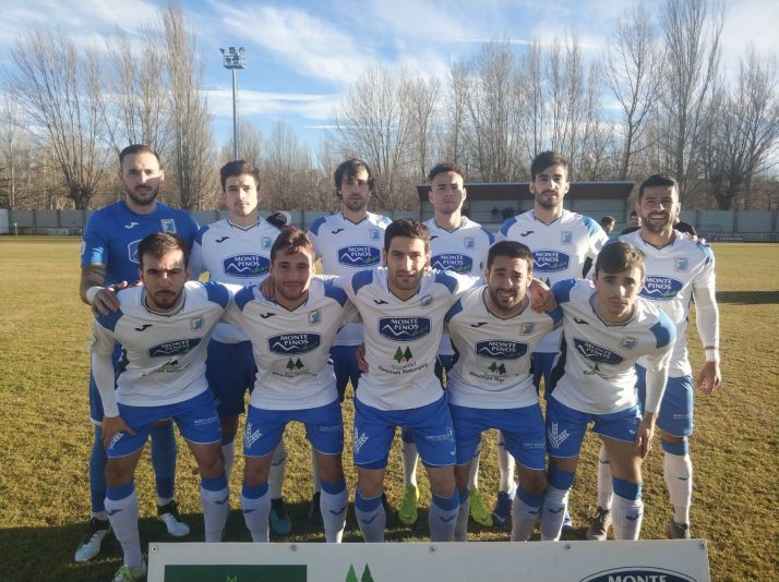 Foto 1 - El Almazán golea al Mirandés B (4-1)