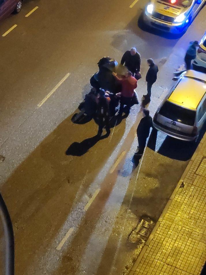 Foto 2 - Atropello y traslado a Urgencias frente al Hospital