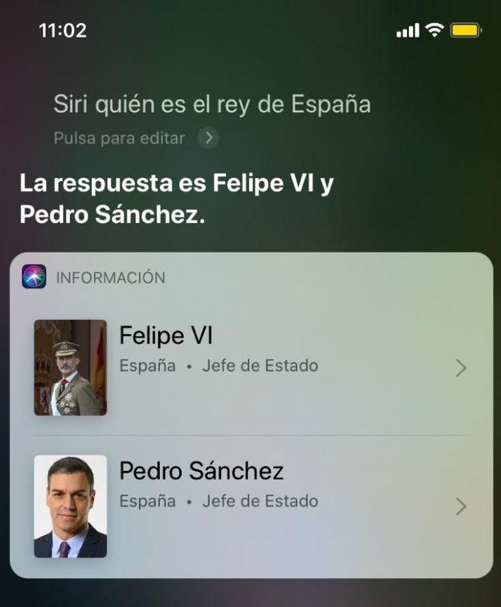 Foto 1 - Siri señala a Pedro Sánchez como Rey de España