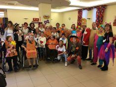 Las residencias de mayores del grupo Latorre también celebraron el Jueves Lardero
