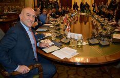 Carnero, en la reunión de este miércoles en la sede ministerial. /Jta.